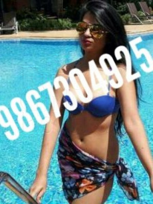 Girl Escort Pooja Nehwal & Call Girl in Mumbai