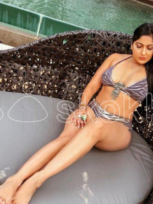 Girl Escort Maya Gupta & Call Girl in Mumbai